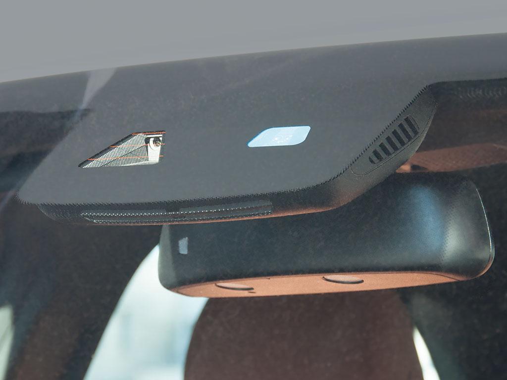 Регистратор в зеркале для мерседес хороший видеорегистратор автомобильный цены